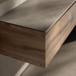Badmöbel Serie CUBIK -Tür- und Schubladenfronten mit 45-Grad-Kanten auf allen Seiten