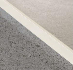 Sichtkante-creme-softboard -duschwanne